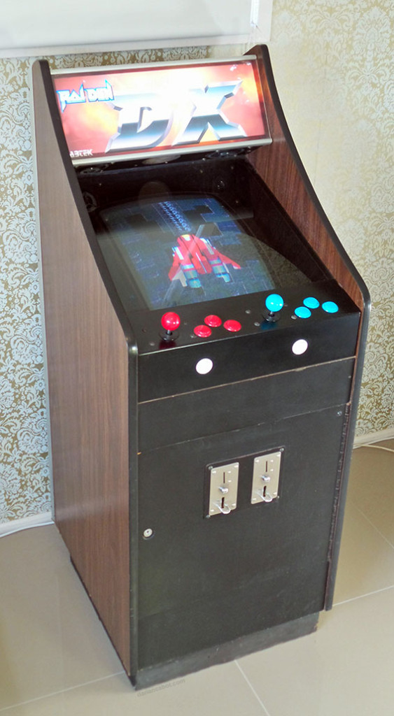 Lowboy arcade cabinet - 3/4 view